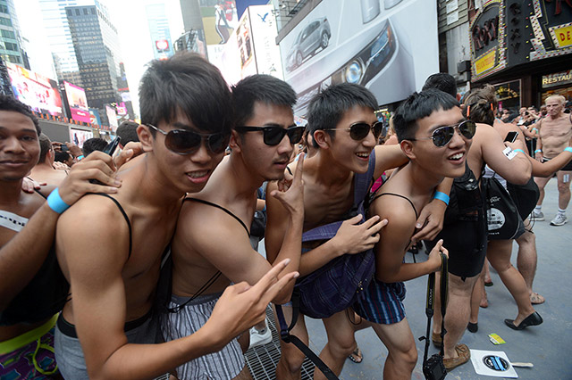 national-underwear-day-2013-times-square-2